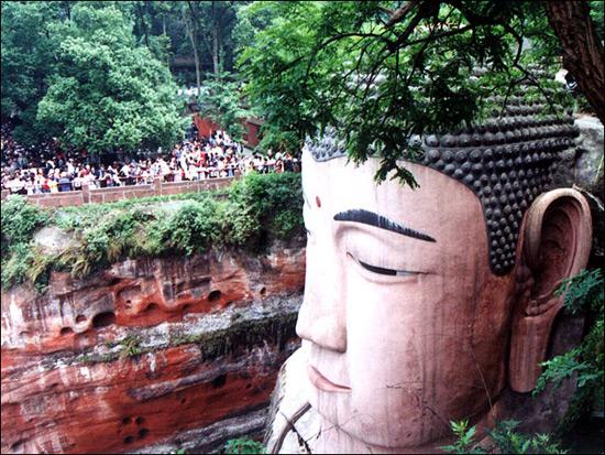 leshan-giant-buddha-158158